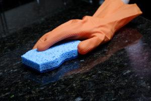 guide till att rengöra köksbänkar i marmor